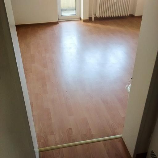 laminat teppich cheap bodenbelge laminat teppich u vinyl gnstig poco onlineshop regarding. Black Bedroom Furniture Sets. Home Design Ideas